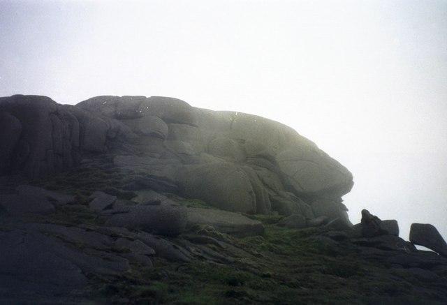 Binnian's Big Nose - geograph.org.uk - 220146