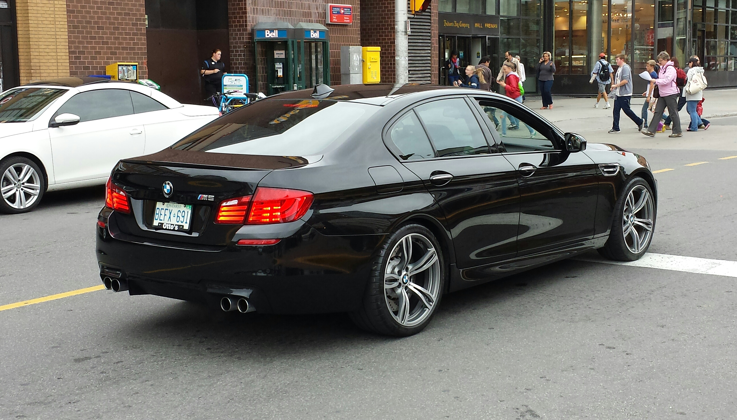 File Black Bmw M5 F10 Rr Ottawa Jpg Wikimedia Commons