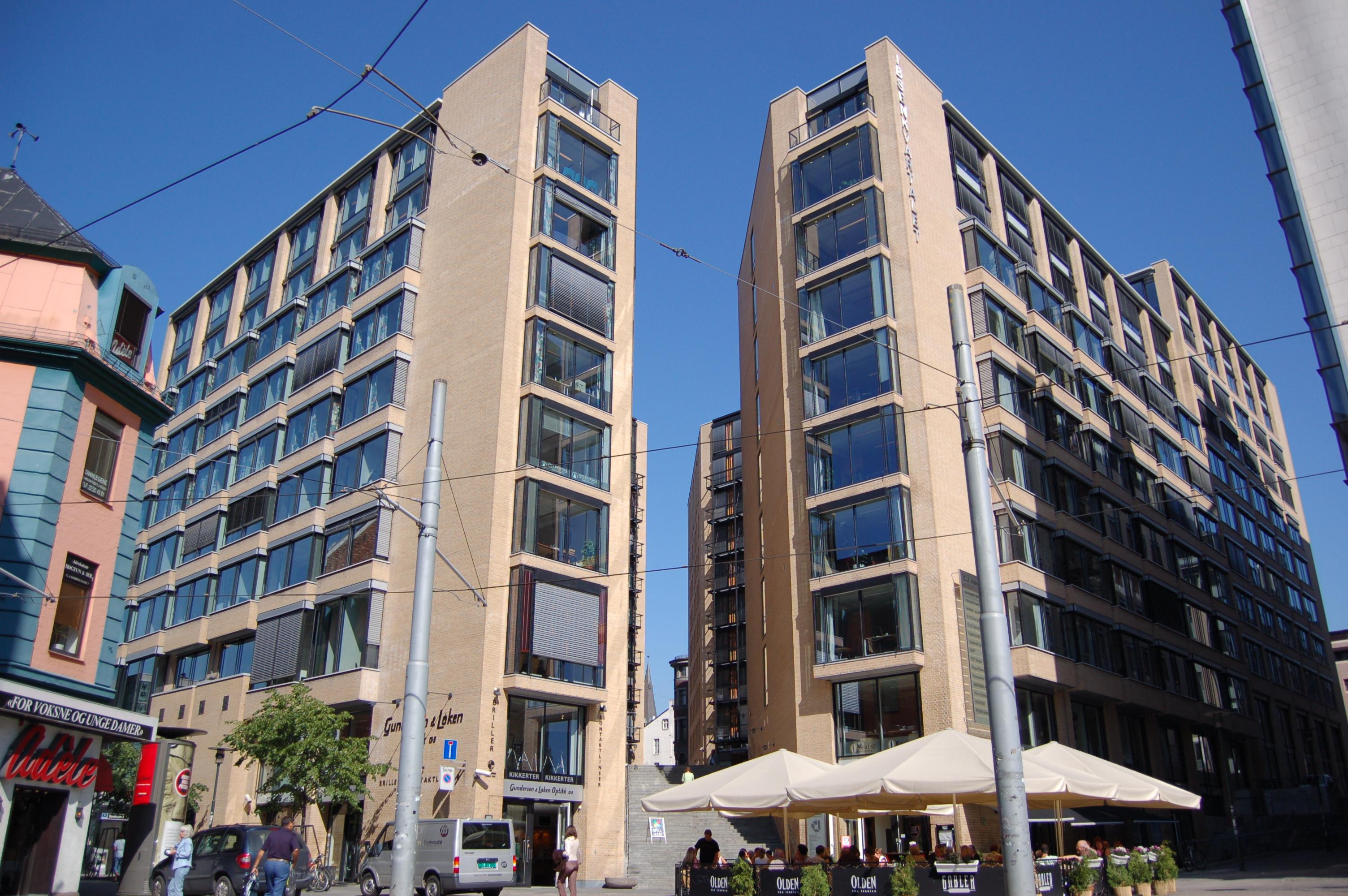 ff23b430 Hotel Cæsar – Wikipedia