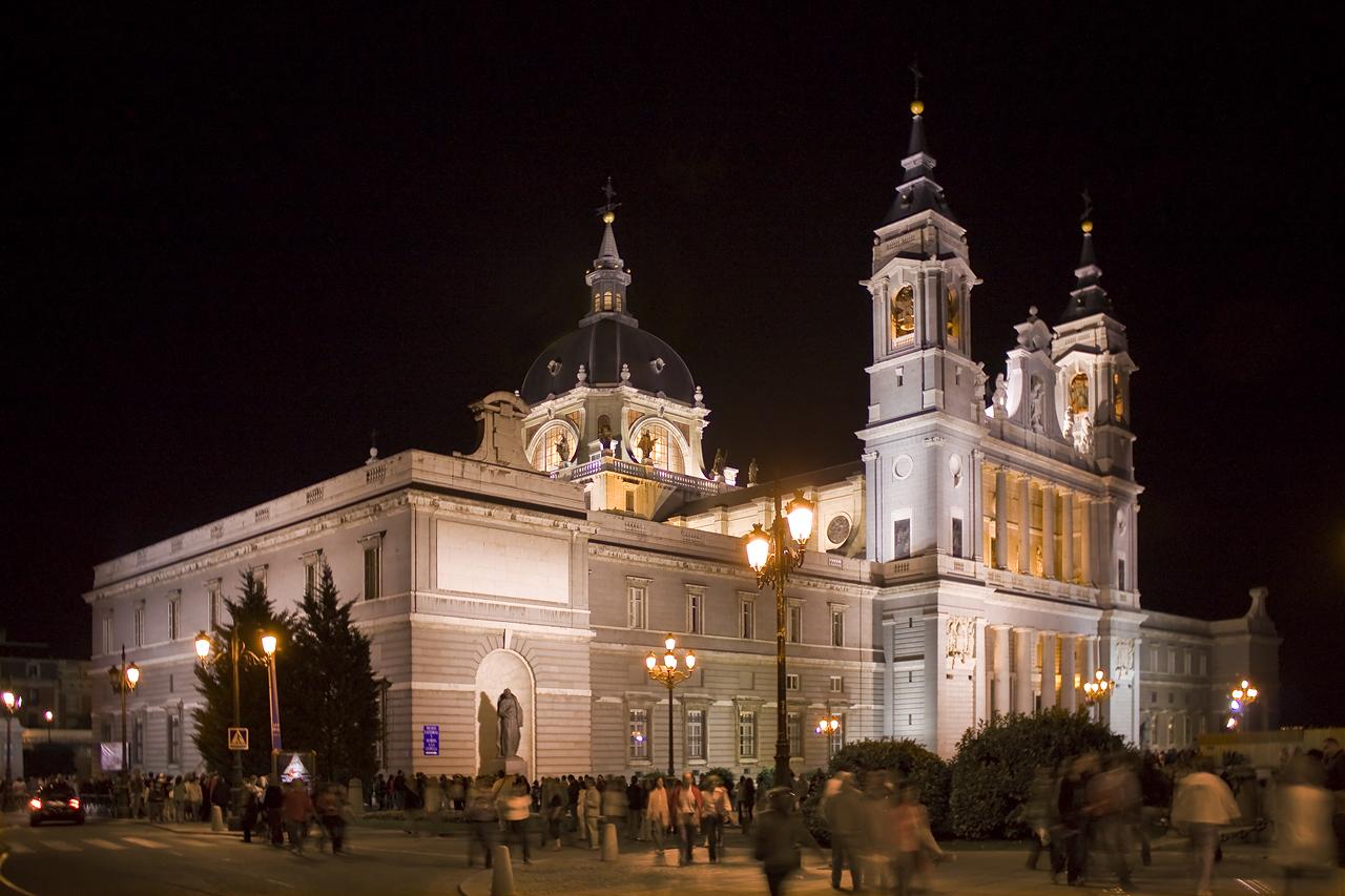 Catedral de la Almudena 2008.jpg