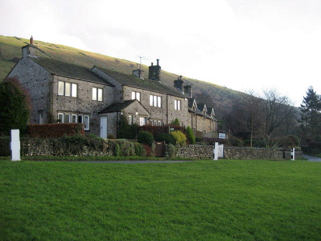 Cottages in Buckden - geograph.org.uk - 296307
