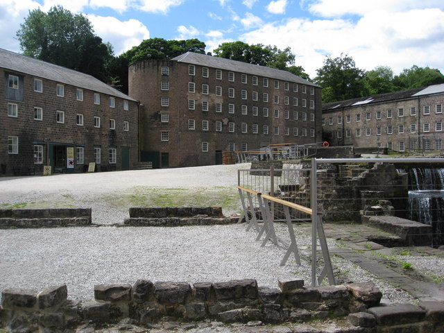 Cromford - Arkwright Mill - geograph.org.uk - 911826