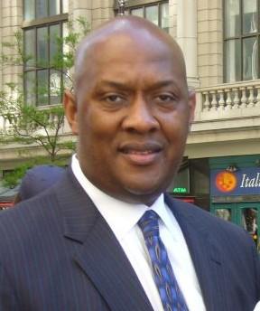 Dwight E . Evans