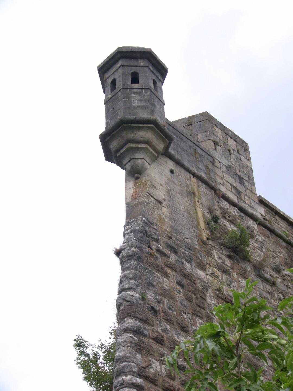 File:Echaugette-Citadelle-de-Besancon.JPG - Wikimedia Commons