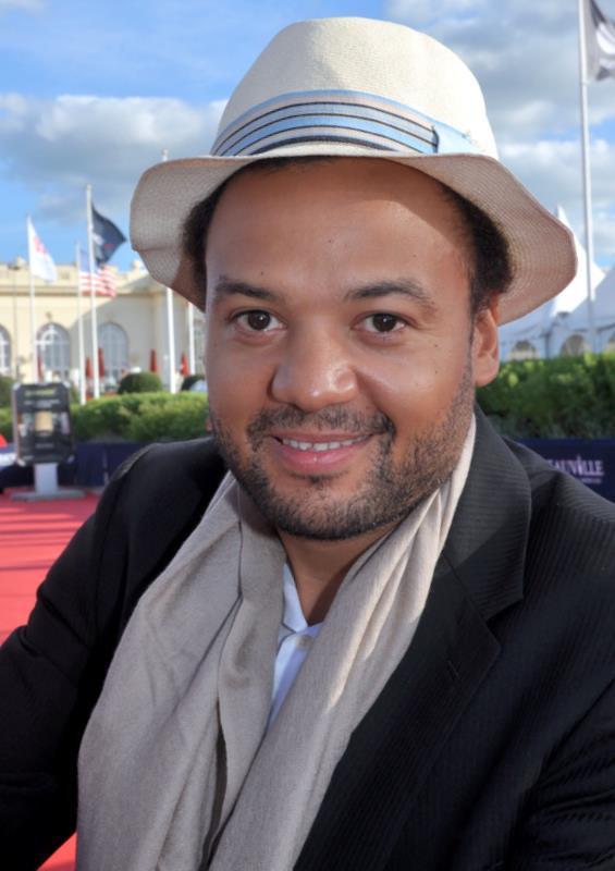 Fabrice Eboué au festival du film américain de Deauville | Photo : Getty Images.