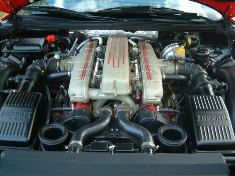Ferrari 550 maranello moteur