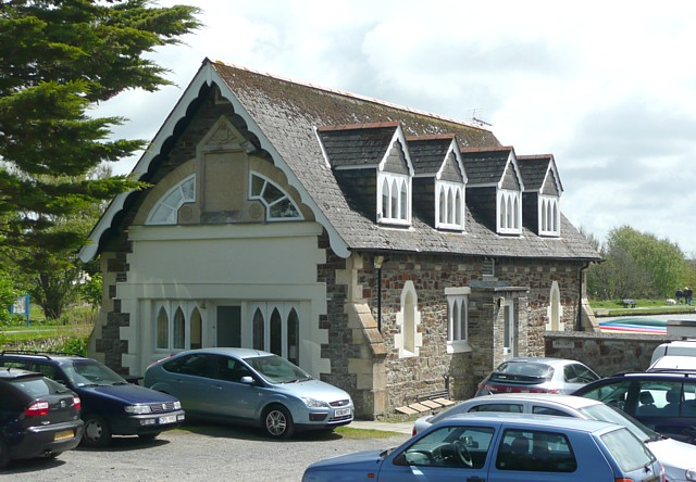 File:Former lifeboat house, Bude - geograph.org.uk - 1328553.jpg