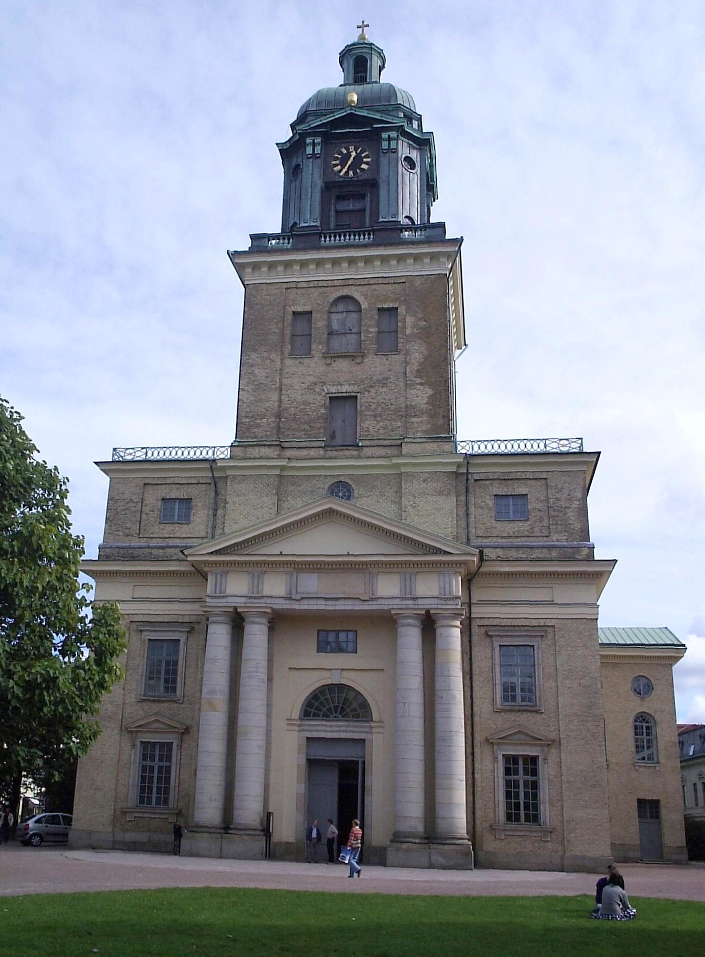 Göteborgs domkyrka - Västgöten - 12 Sept 2005.jpg