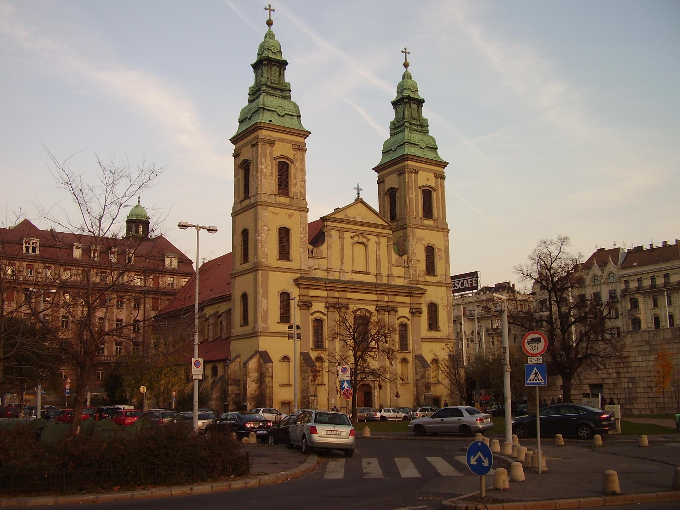 ファイル inner city parish church budapest district v jpg wikipedia