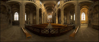 File:Interieur de la cathedrale 1.jpg