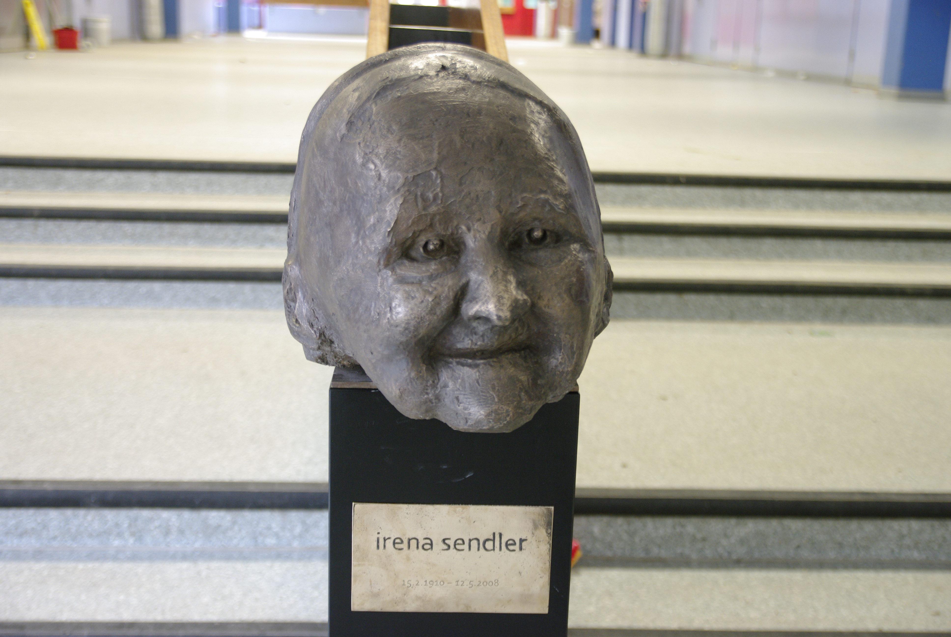 File Irena Sendler Sculpture At Irena Sendler School