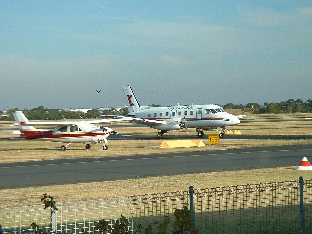 Moorabbin Australia  city pictures gallery : King Island plane at Moorabbin Wikimedia Commons