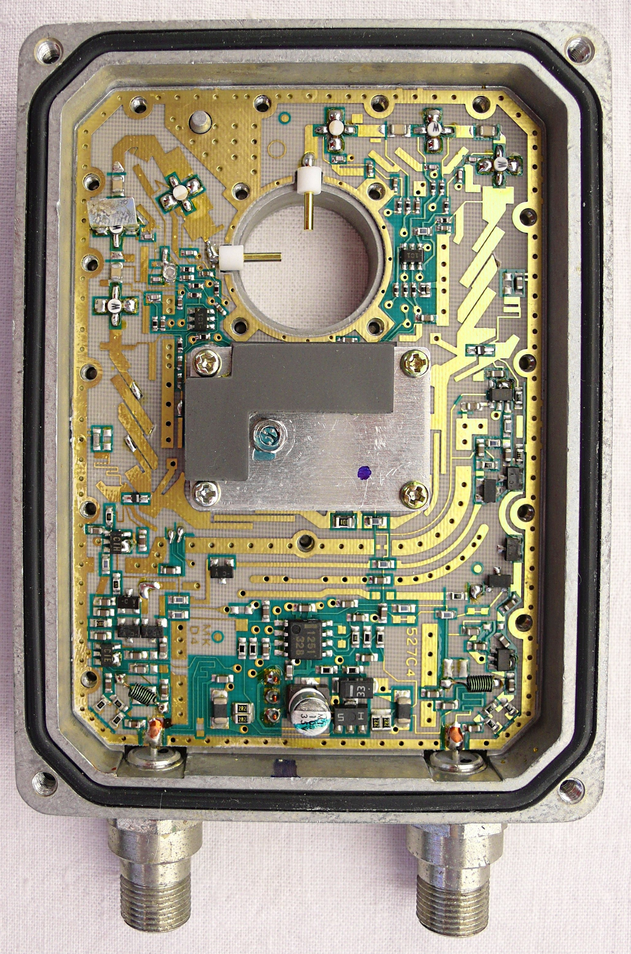 Astounding Low Noise Block Downconverter Wikipedia Wiring Digital Resources Sapredefiancerspsorg