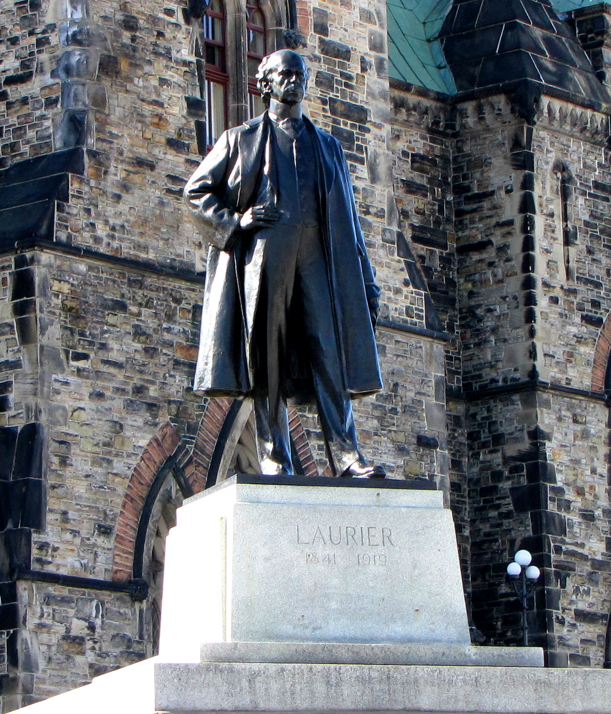 Wilfrid Laurier - Wikipedia, the free encyclopedia