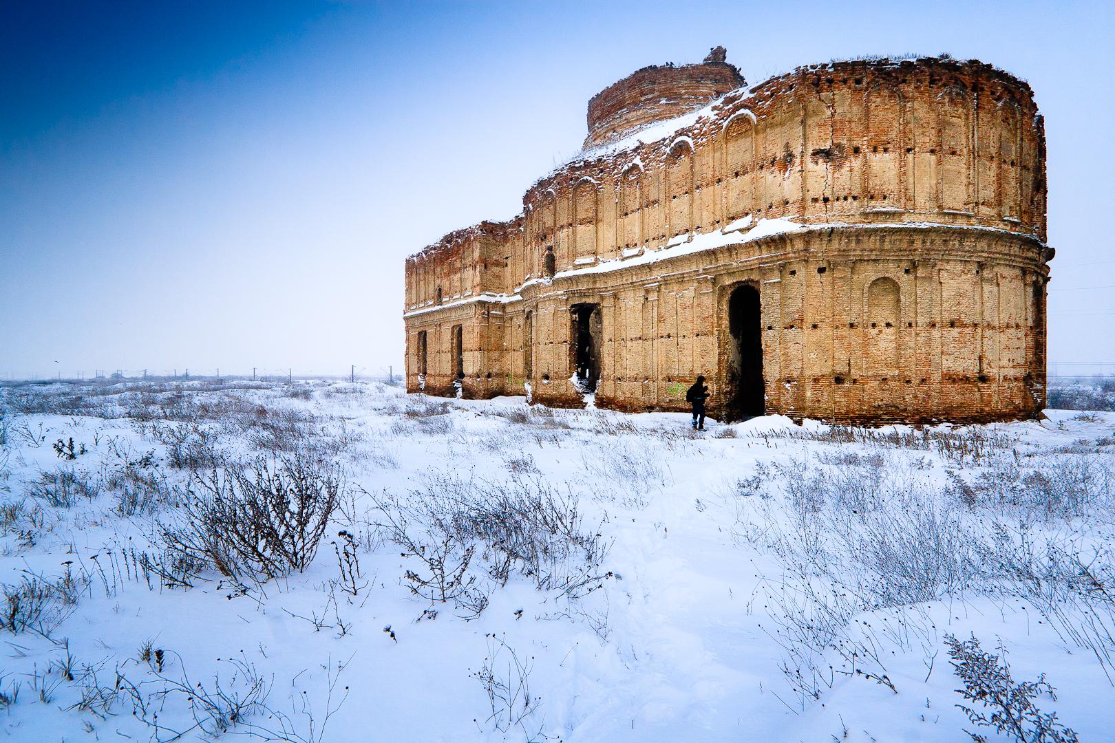La photo gagnante du concours 2012, monastère de Chiajna, Roumanie - par Mihai Petre (CC-BY-SA)