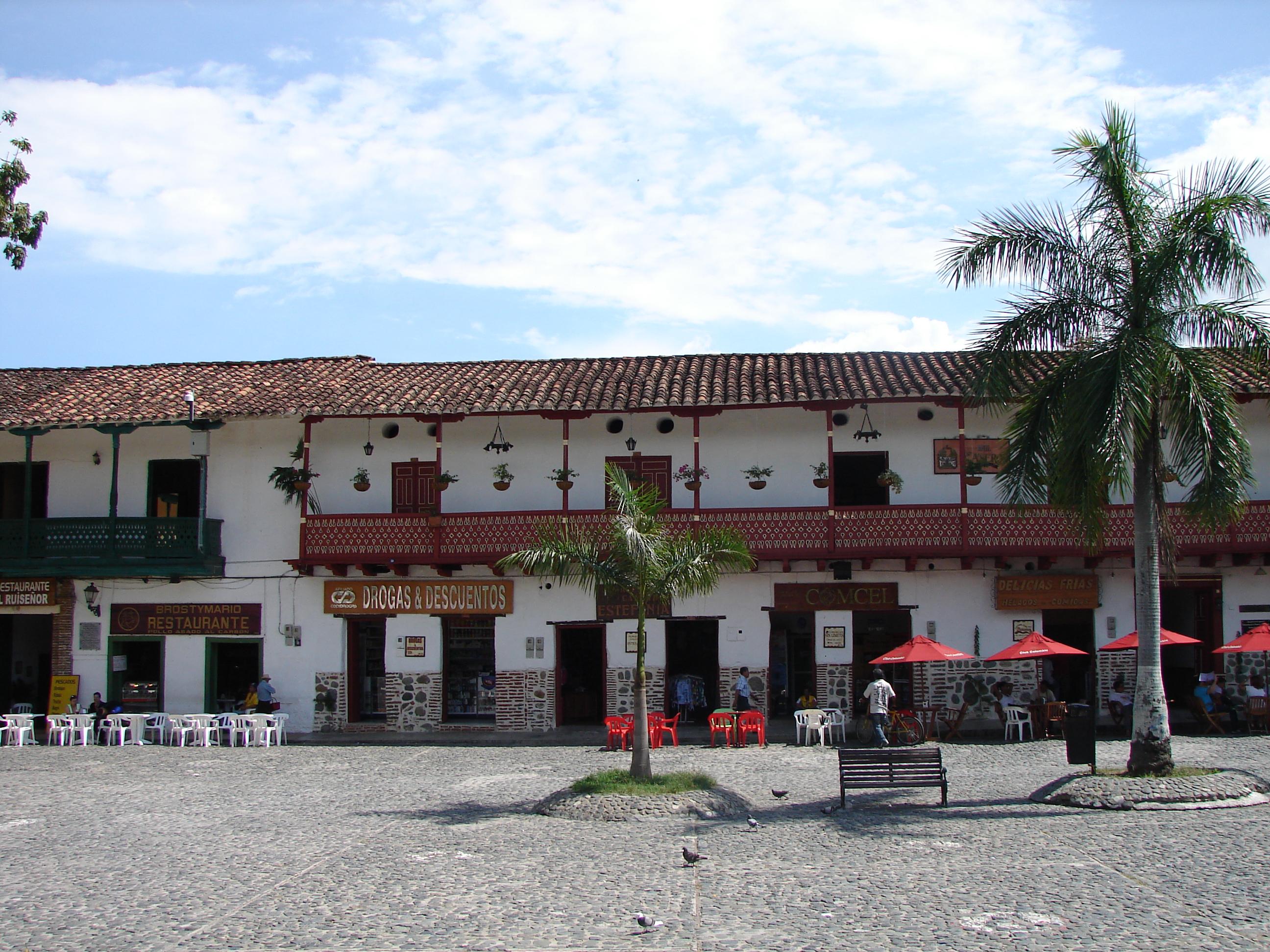 File:Marco de la plaza. Santa Fe de Antioquia. Colombia.JPG ...