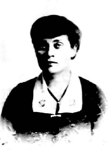 https://upload.wikimedia.org/wikipedia/commons/3/33/Marion_Benedict_Cothren_1918.jpg