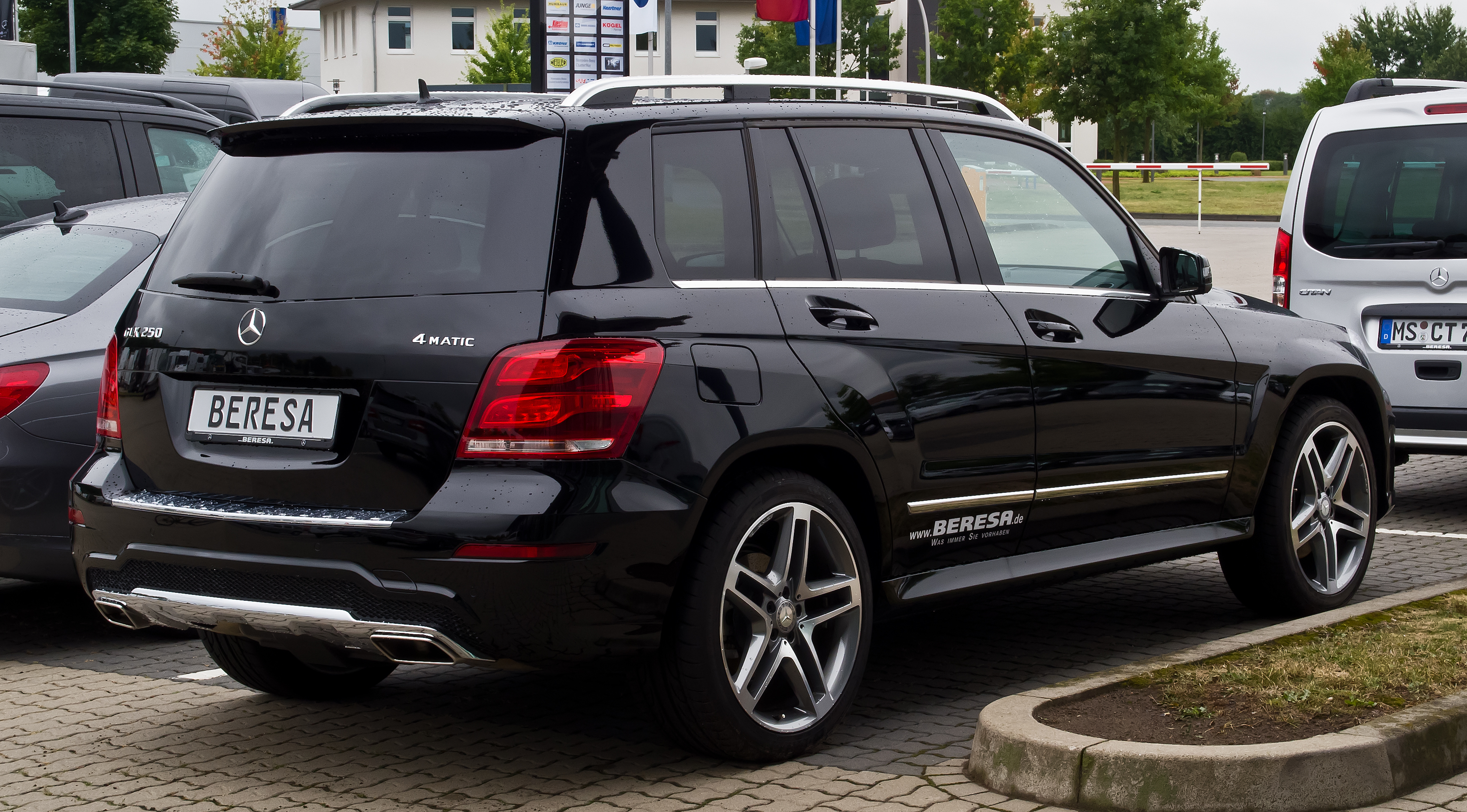 file mercedes benz glk 250 4matic sport paket amg x 204 facelift heckansicht 8 september. Black Bedroom Furniture Sets. Home Design Ideas