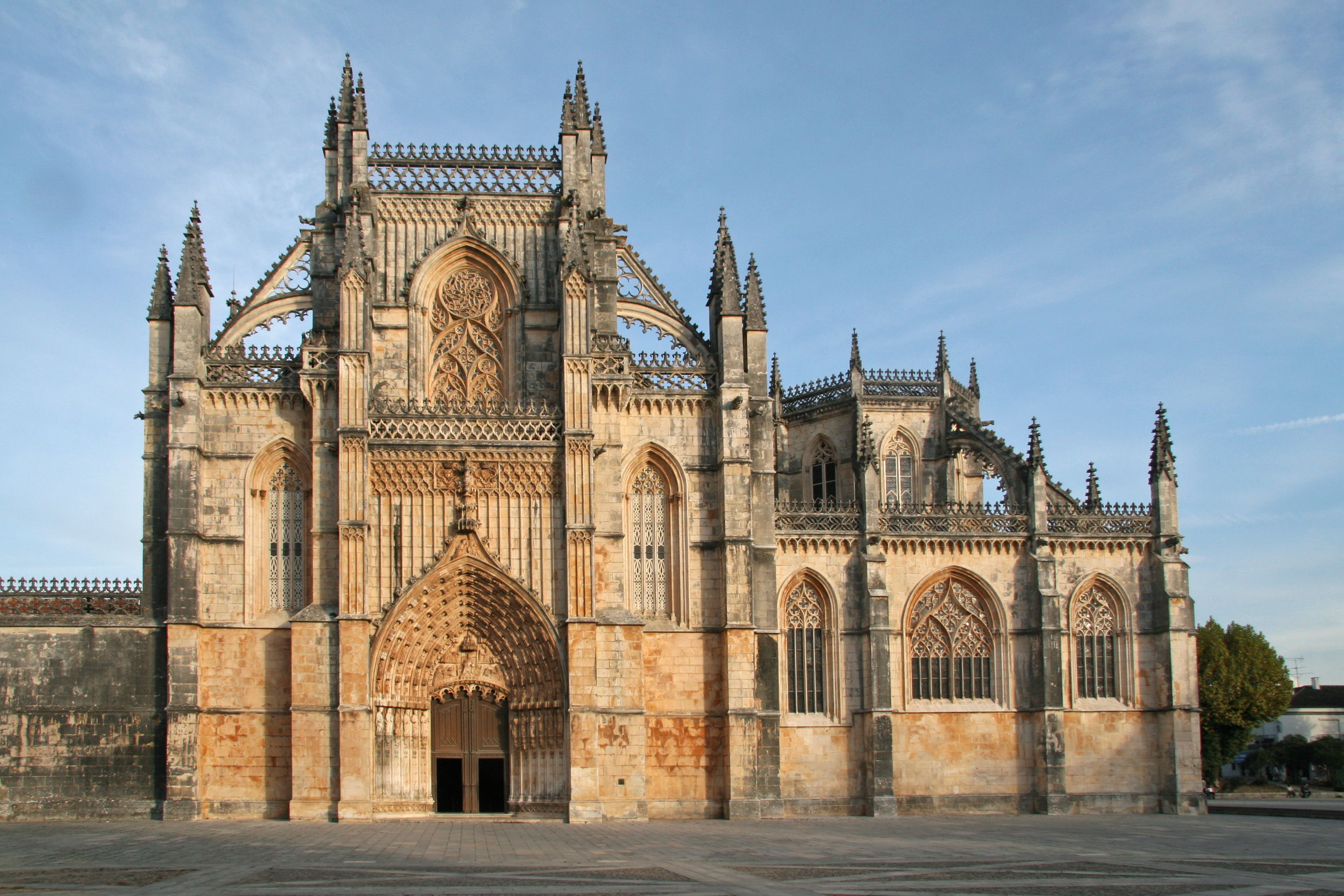 Portuguese main religious architectural styles for Main architectural styles