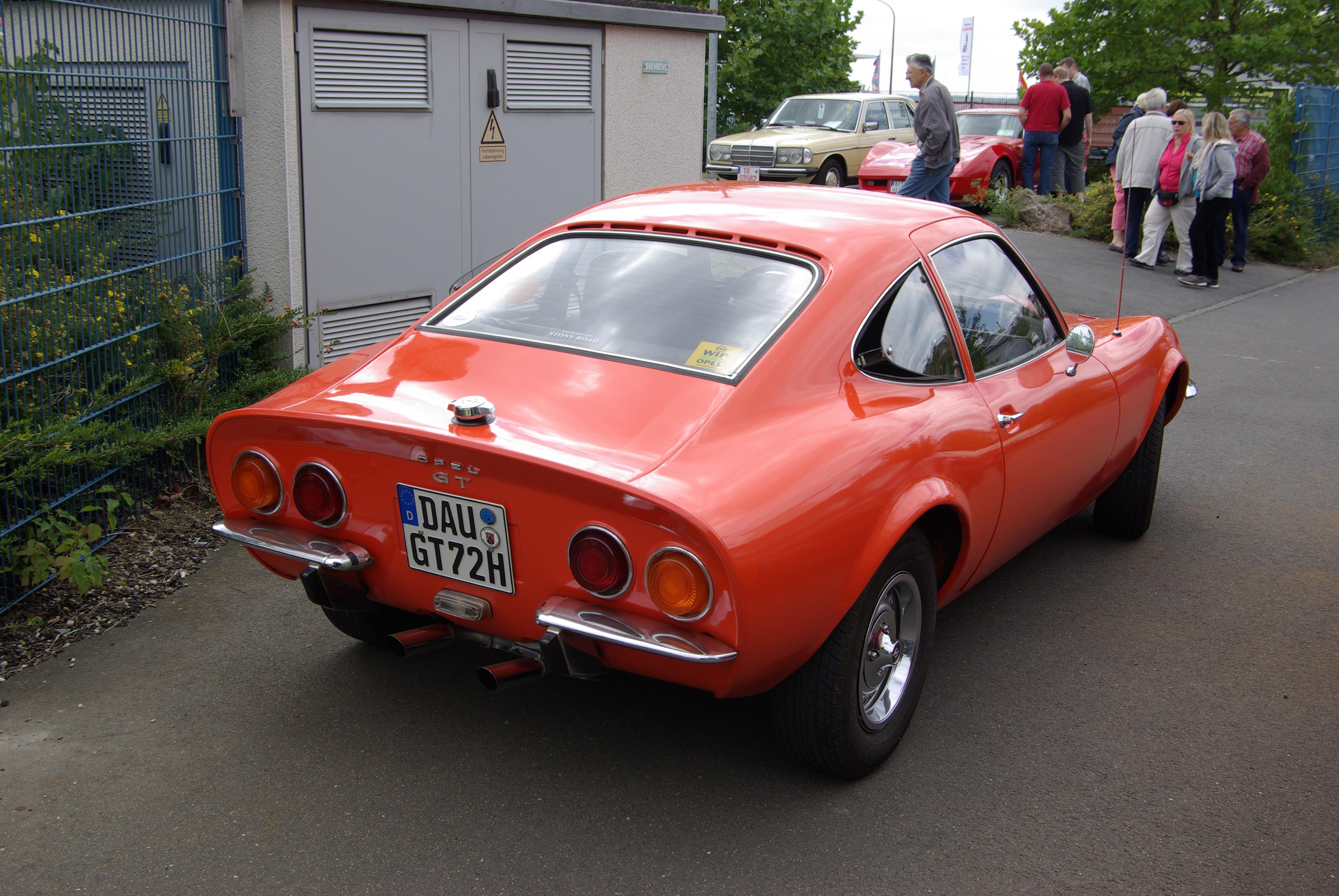 File:Opel GT 2012-09-01 14-23-32.JPG - Wikimedia Commons