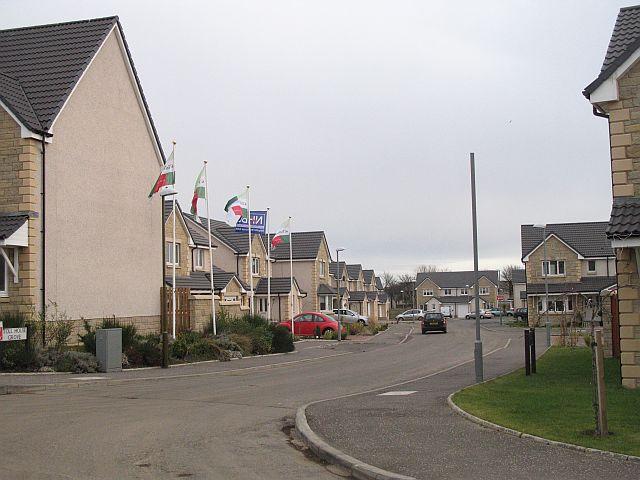 File:Parklands - geograph.org.uk - 629450.jpg