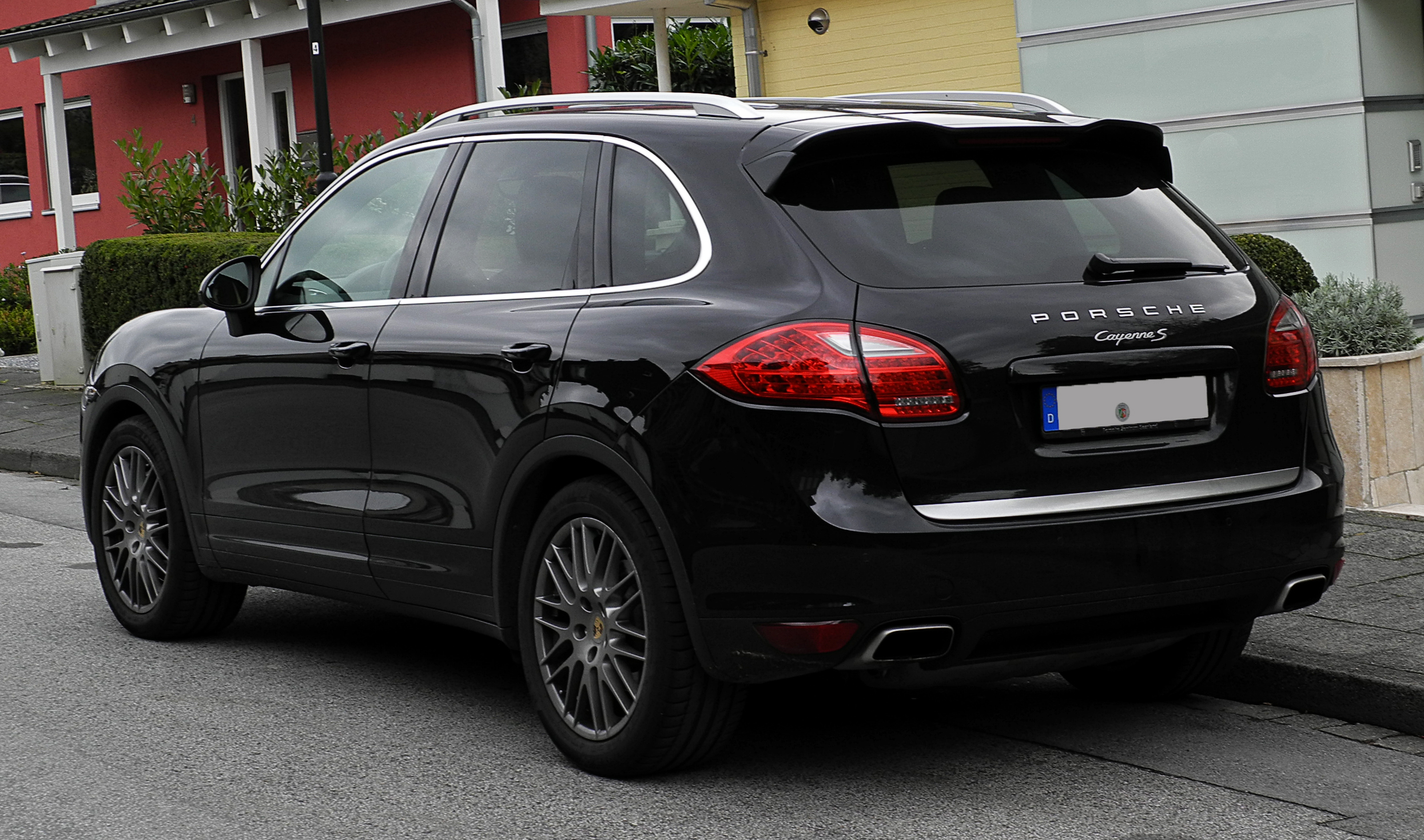 file porsche cayenne s 92a heckansicht 10 oktober. Black Bedroom Furniture Sets. Home Design Ideas