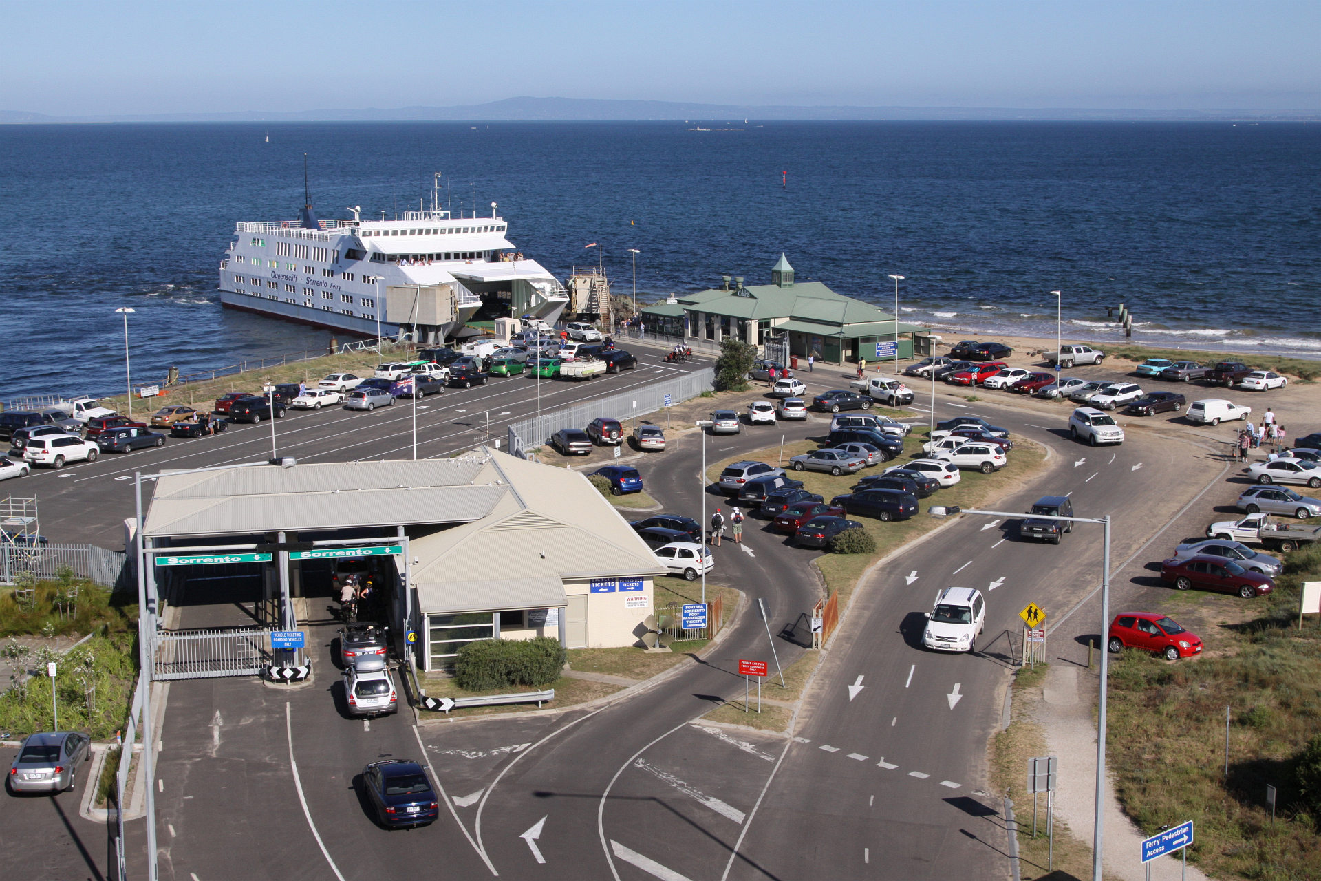 File Queenscliff Ferry Terminal Jpg