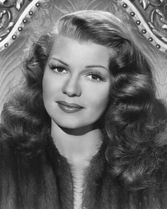 Rita Hayworth Hairline Before After Rita hayworth in 1947