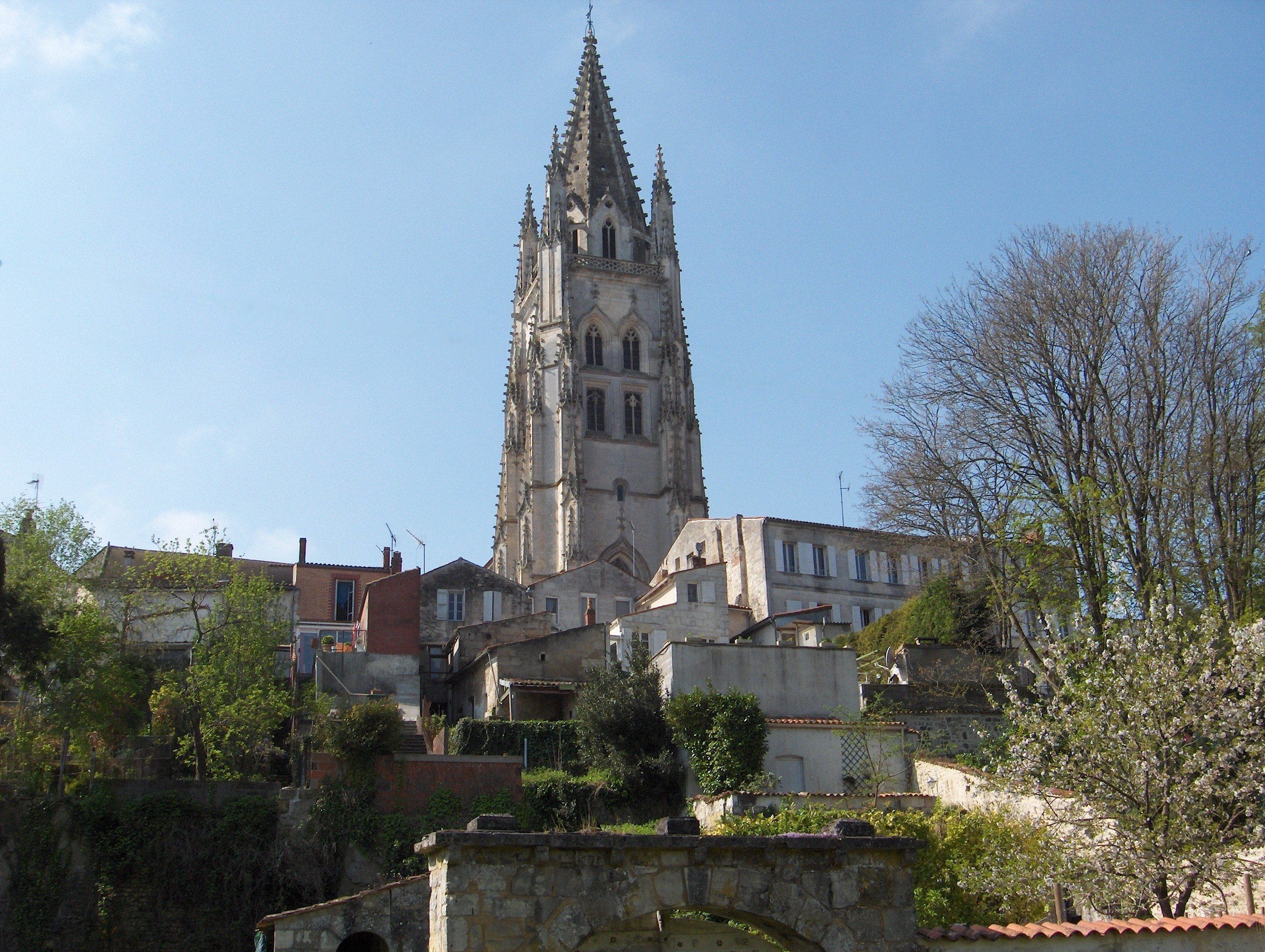 Saintes France  city pictures gallery : Fichier:Saint Eutrope Saintes 2 — Wikipédia