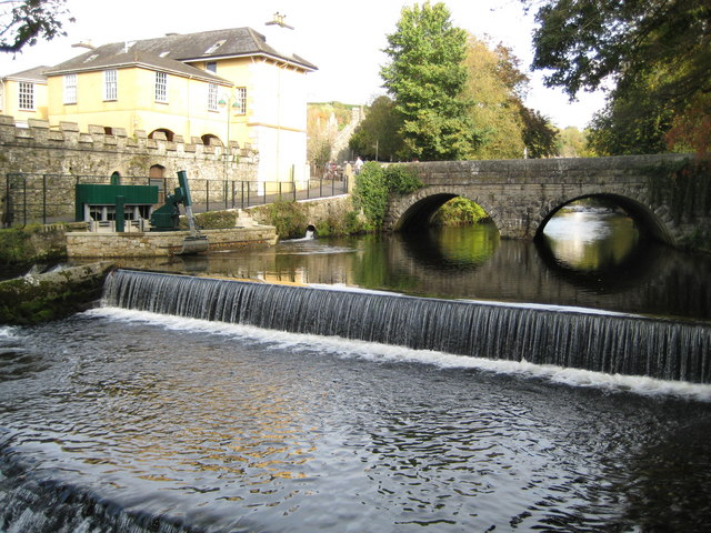 Tavistock, River Tavy and Abbey Bridge - geograph.org.uk - 1027419