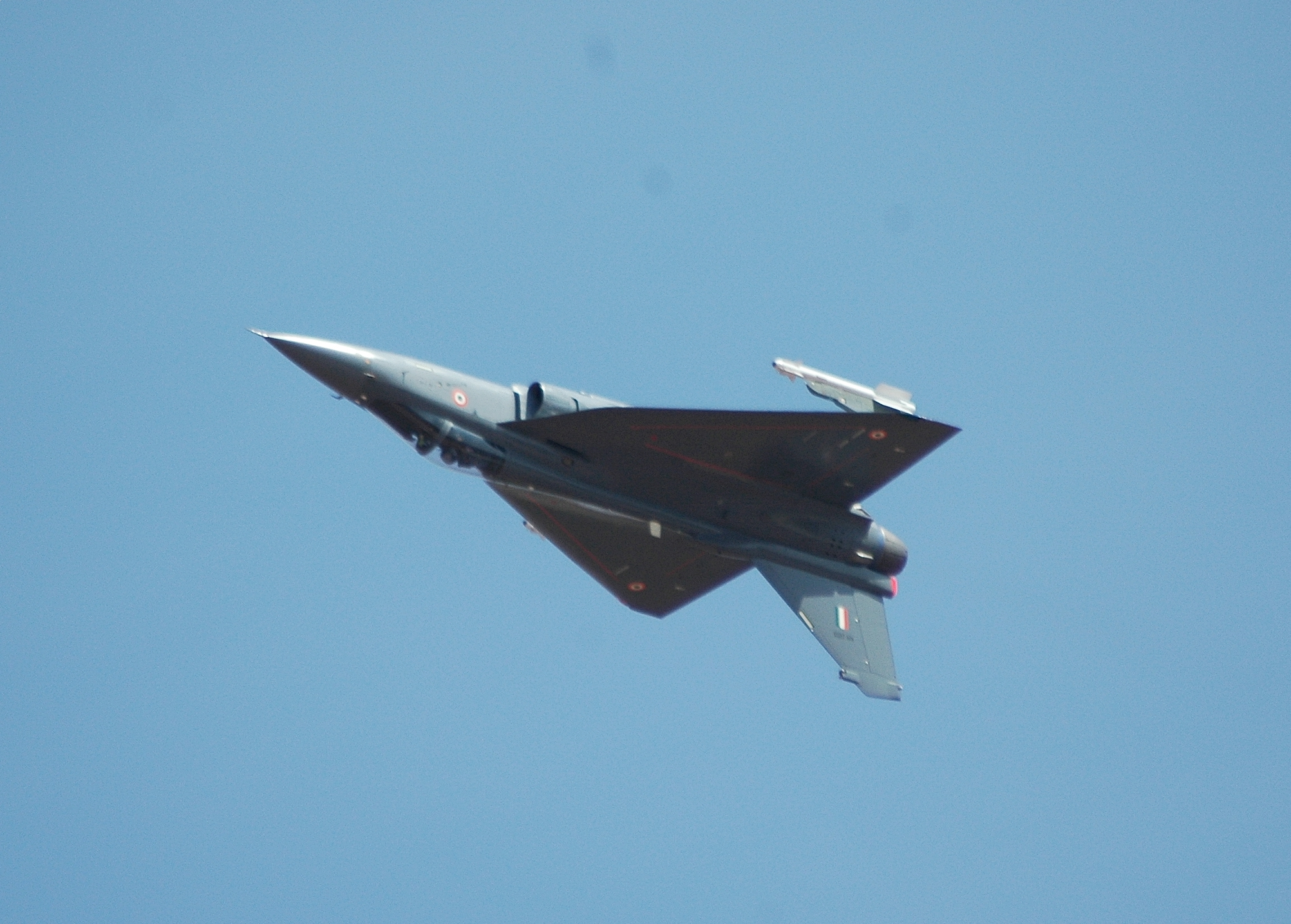 File:Tejas inverted pass.jpg - Wikipedia, the free encyclopedia