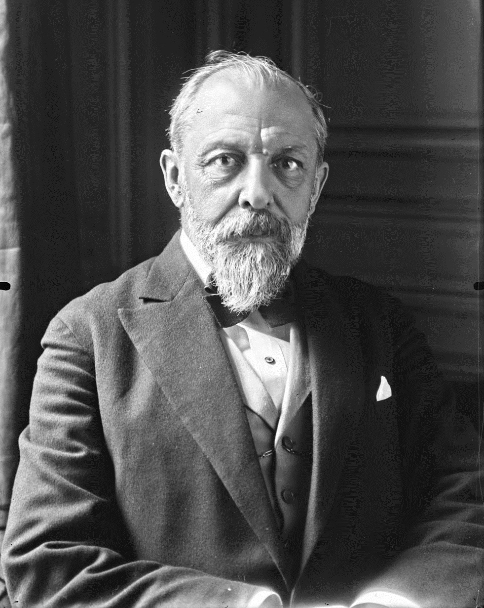 Théodore Steeg 1926.jpg