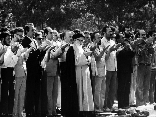 File:The First Friday Prayers in Tehran, leading by Ayotalloah Taleghani 2.jpg