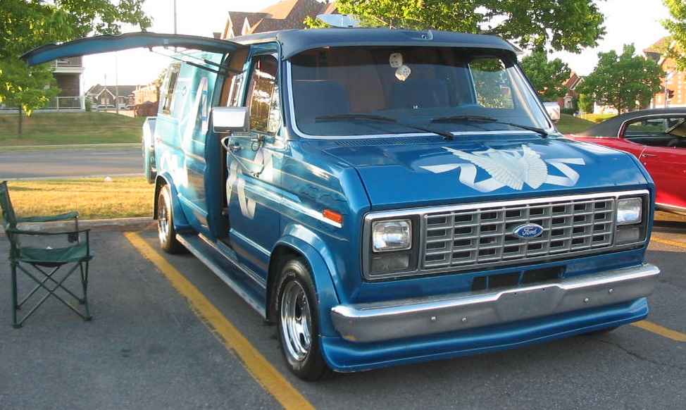 File Tuned Ford Econoline  Auto classique Jukebox Burgers '11 moreover 1991 Chevrolet Astro Cargo Van Overview C1023 likewise 231449406255 in addition 1348057 Fuel Tank Relocation Ideas as well Watch. on 04 ford econoline