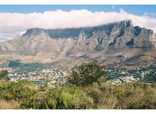 external image View_of_Table_Mountain_from_Signal_Hill%2C_Cape_Town%2C_South_Africa.jpg