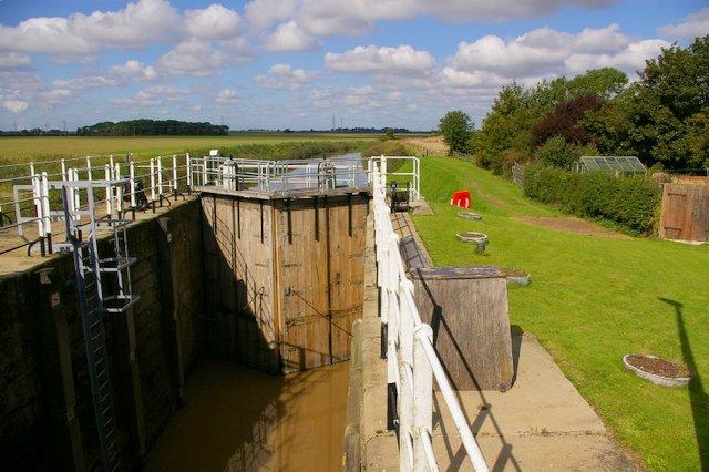 Weighton Lock 2