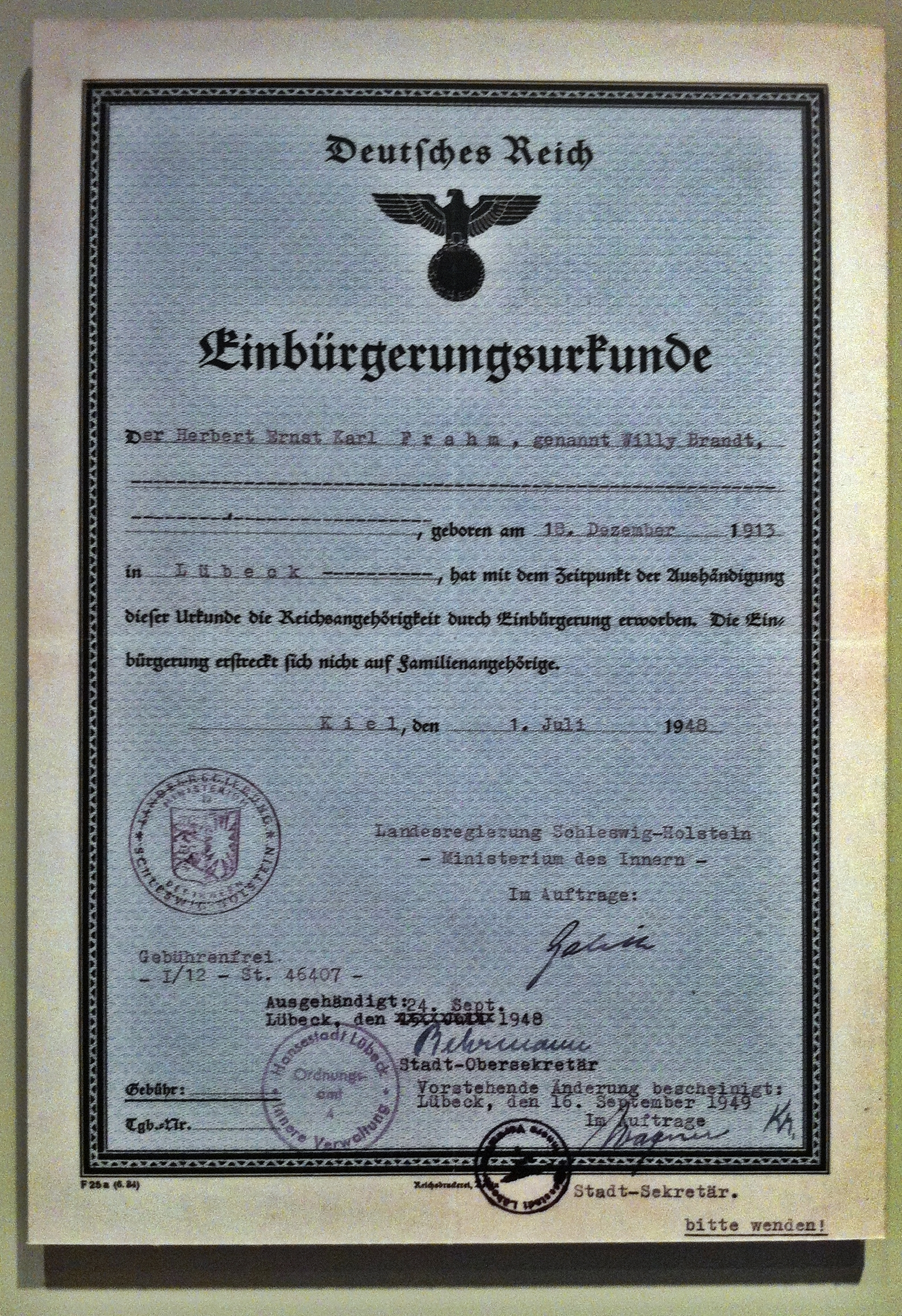 File1948 07 01 German Naturalization Certificate Willy Brandtg