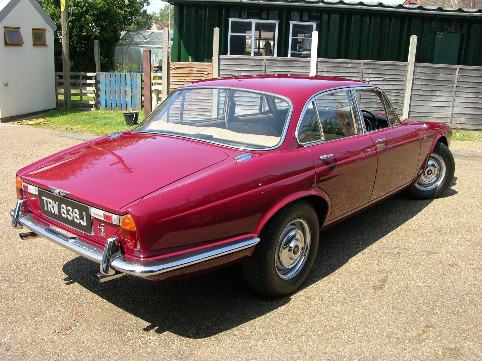 File:1970 Jaguar XJ6 4.2 Series 1 - Flickr - The Car Spy (5).jpg - Wikimedia Commons