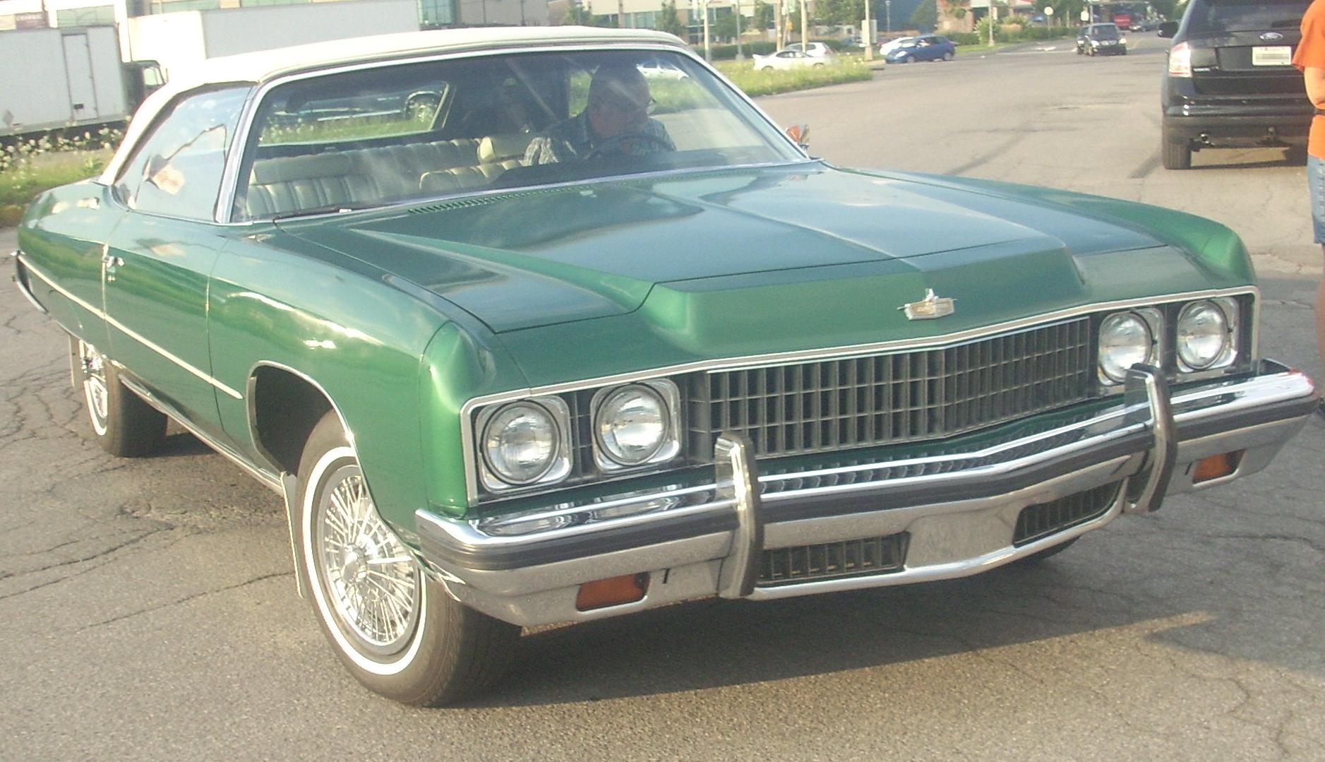 File:1973 Chevrolet Caprice Convertible, front right (Les