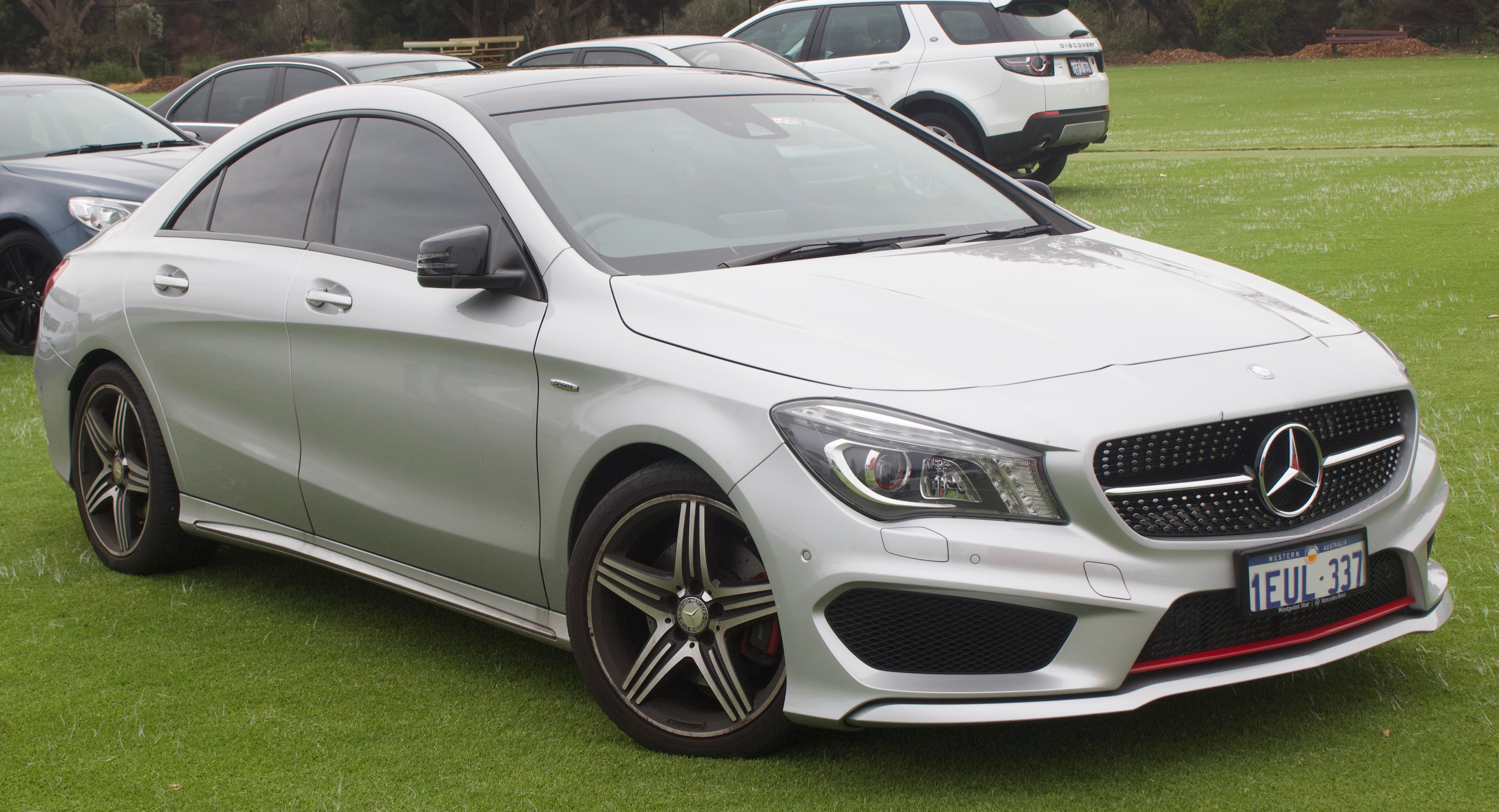 File:2015 Mercedes-Benz CLA 250 (C 117) Sport 4MATIC sedan