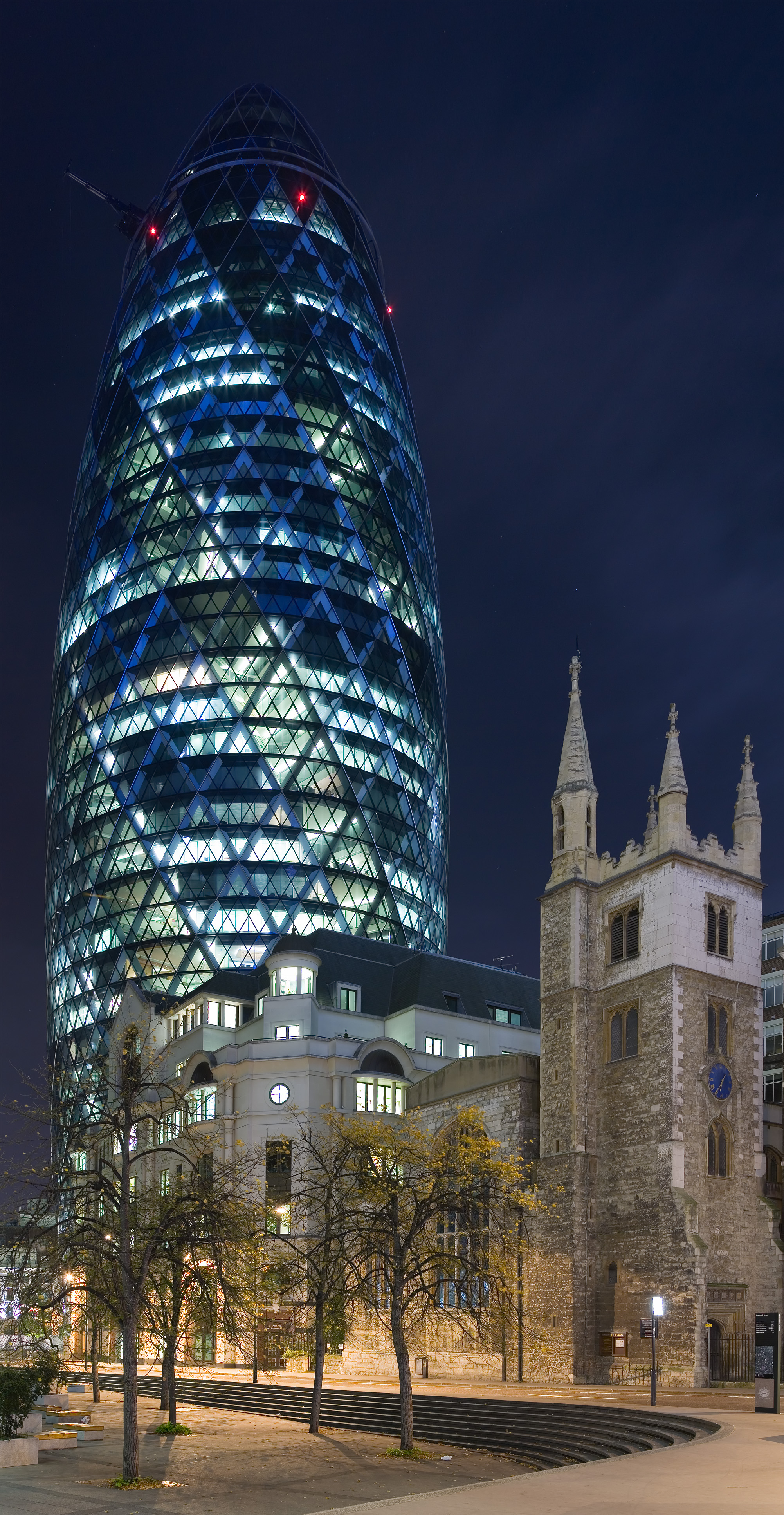 file30 st mary axe the gherkin from leadenhall st nov