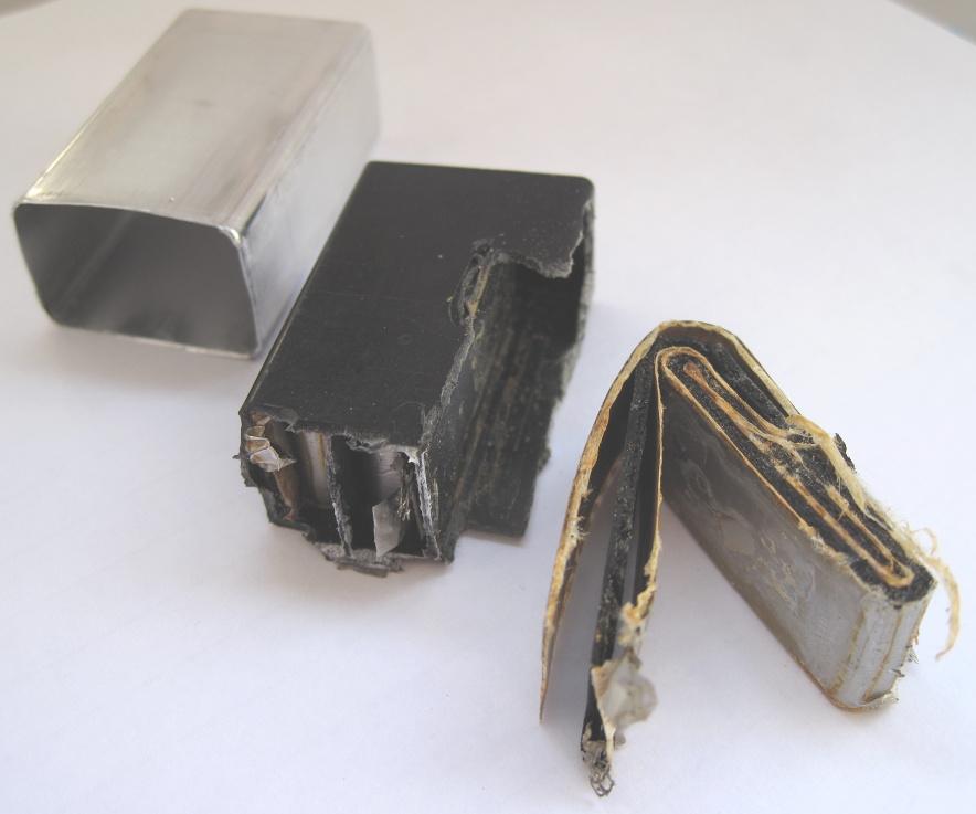 Файл:9V-innards-lithium.jpg