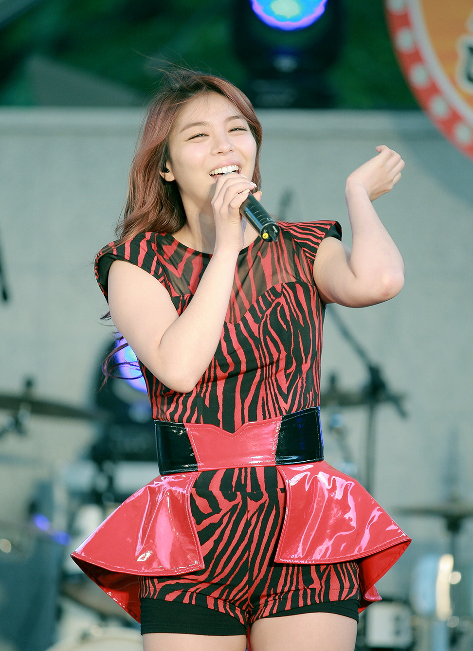 ailee dating 2014