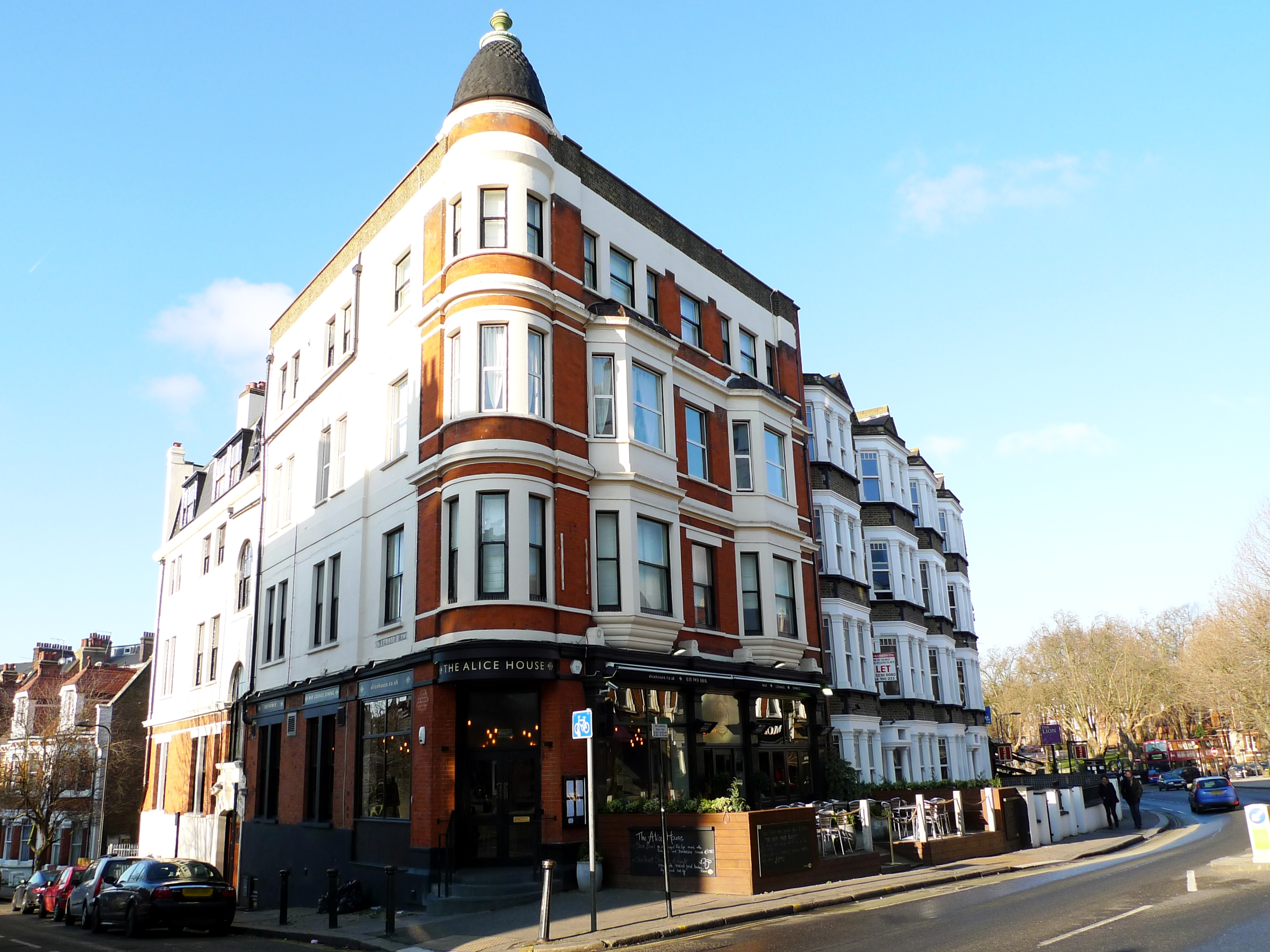 Things to Do Near Alice House West Hampstead London England