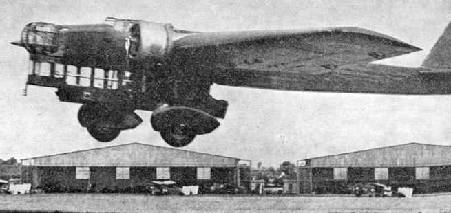 Amiot_143_photo_L%27Aerophile_May_1934.jpg