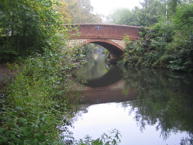 Basingstoke Canal, Guildford Road bridge - geograph.org.uk - 574087