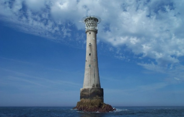 File:Bishop Rock Lighthouse - Isles of Scilly.jpg