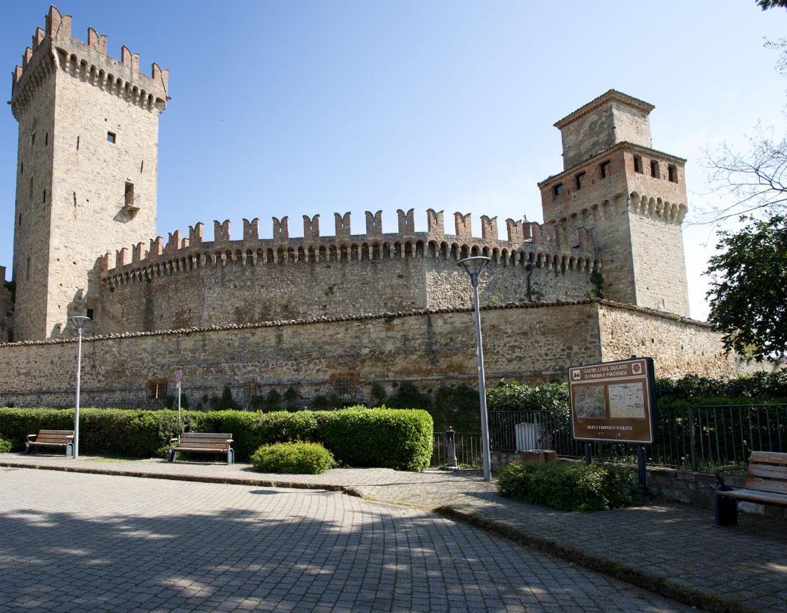 Borgo- di- Vigoleno.jpg