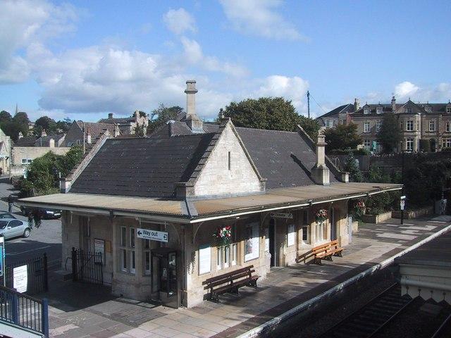 File:Bradford on Avon Railway Station - geograph.org.uk - 986820.jpg