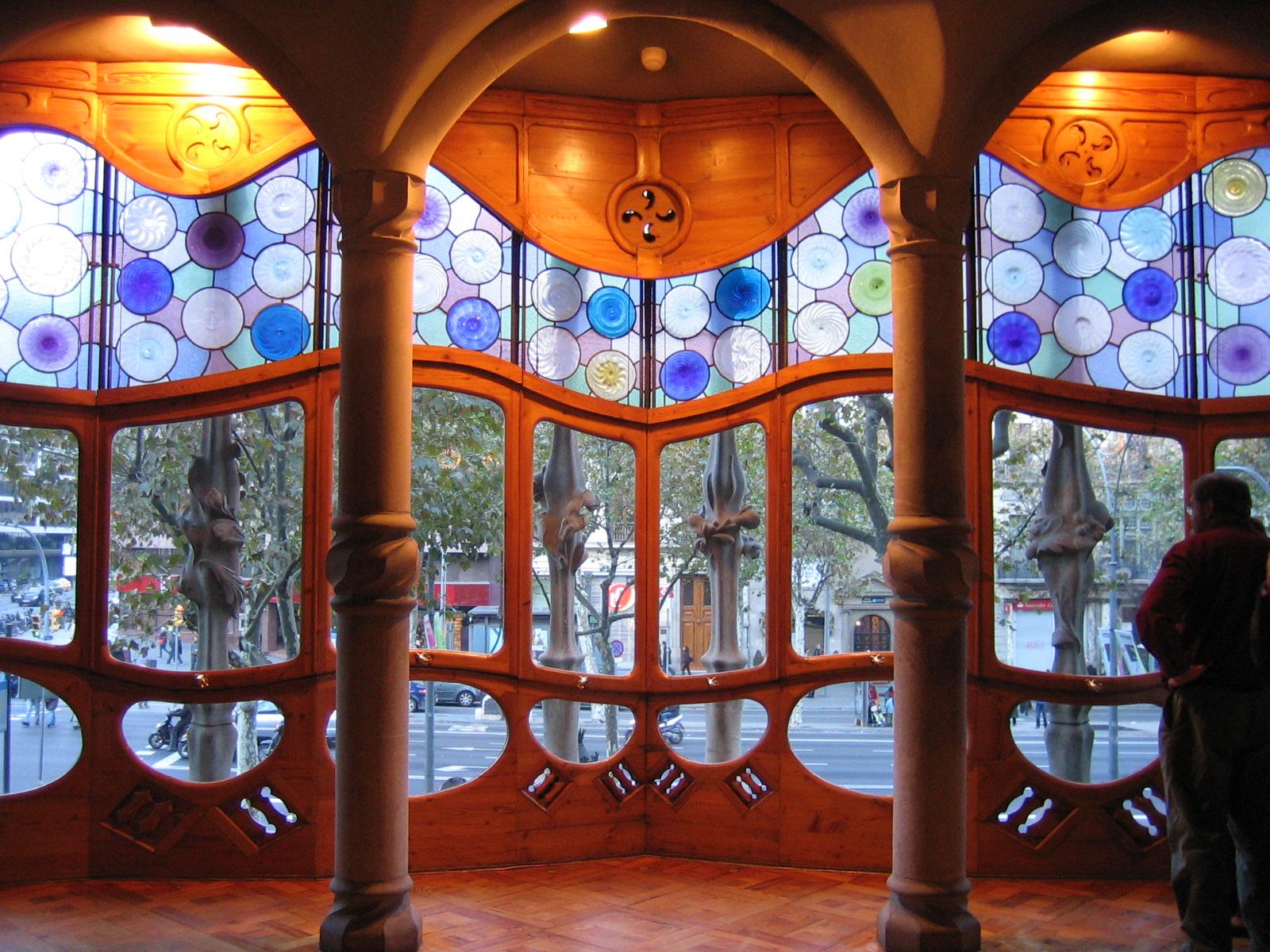 File:Casa Batlló PisPrincipal Interior.jpg - Wikimedia Commons